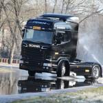 Pirelli избра Scania за тестване на гуми