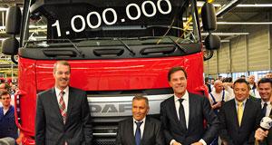 Премиерът на Холандия представи милиония камион DAF произведен в Айндховен