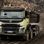 Volvo Trucks първи с автоматично задвижване на всички колела - за по-добра управляемост и икономия