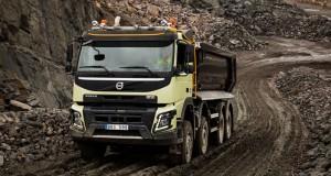 Volvo Trucks първи с автоматично задвижване на всички колела – за по-добра управляемост и икономия